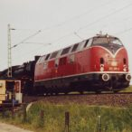 253002-Oldtimer-passieren-die-Hbst